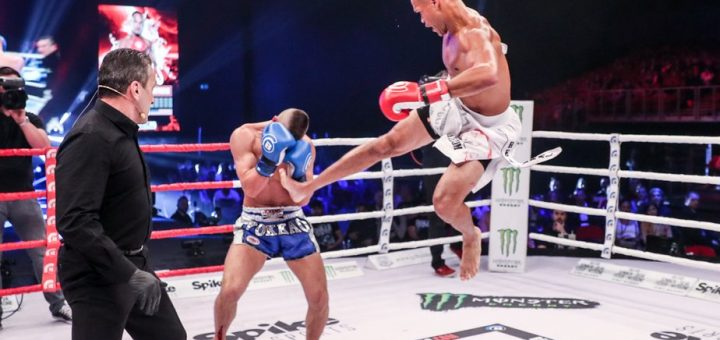 Raymond Daniels in a kickboxing match