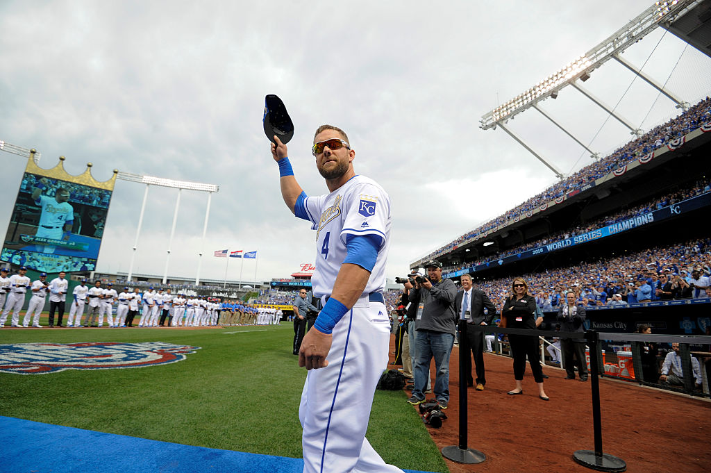 Alex Gordon waving.