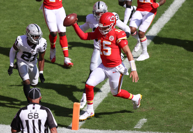 Mahomes running in for a touchdown.